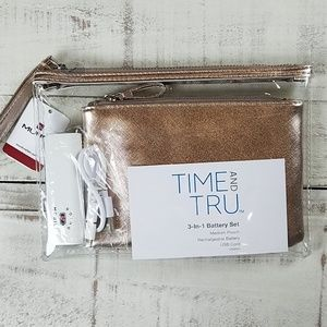 NWT 3 in 1 Mundi clear wristlet w/ rose gold pouch